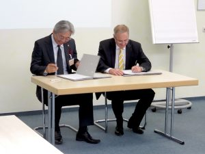 バーミュラー社&大起理化工業株式会社 調印式